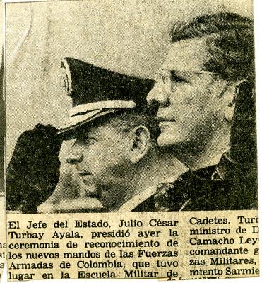 BG_FUENTES_SerieDibujosTurbay_SaludoMilitar.JPG